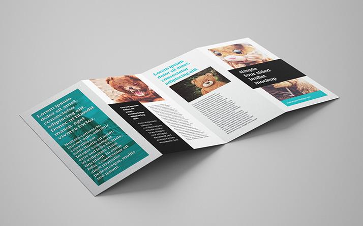 Free 4-panel leaflet mockup