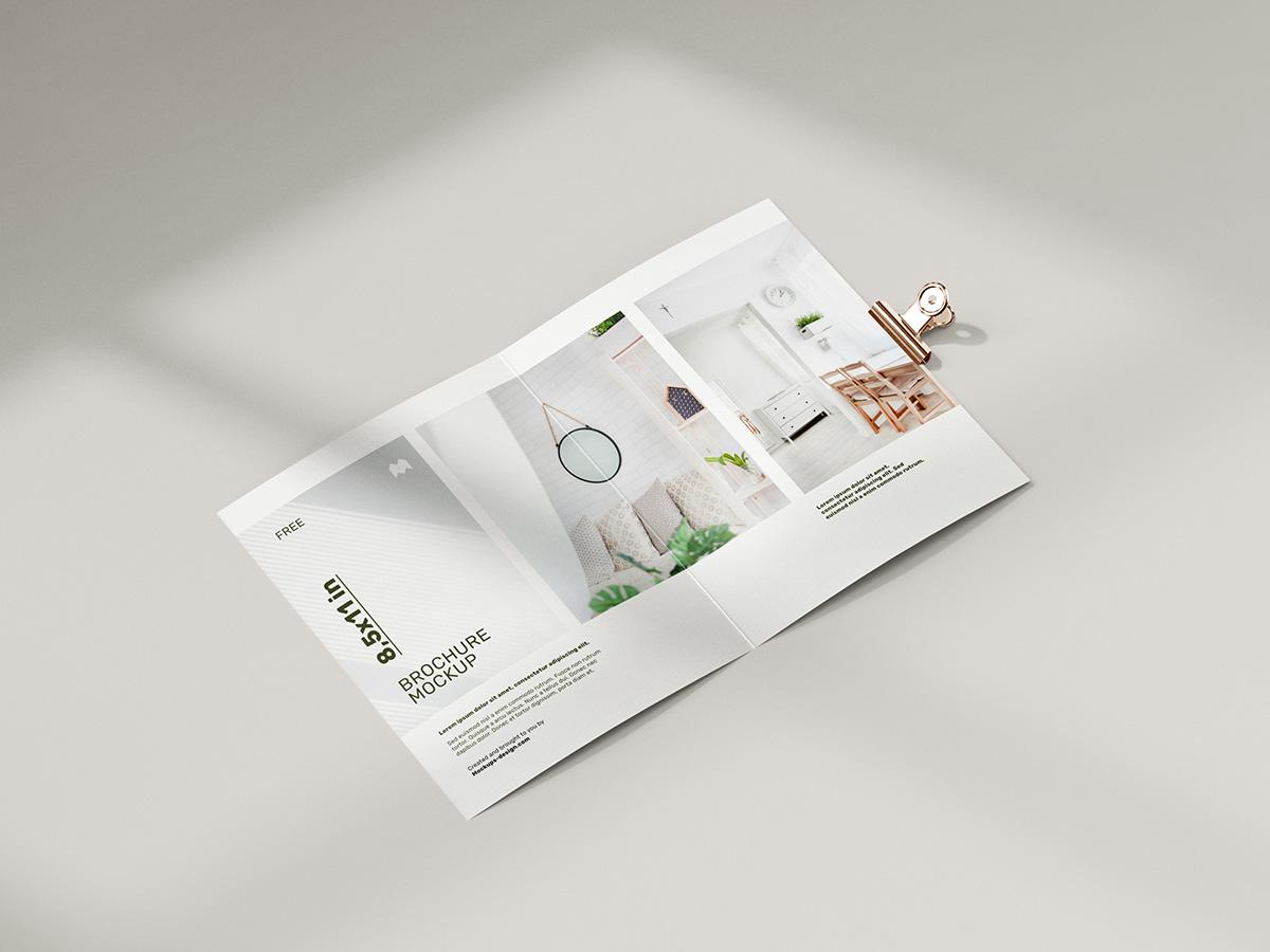 Free folded 8,5 x 11 in brochure mockup